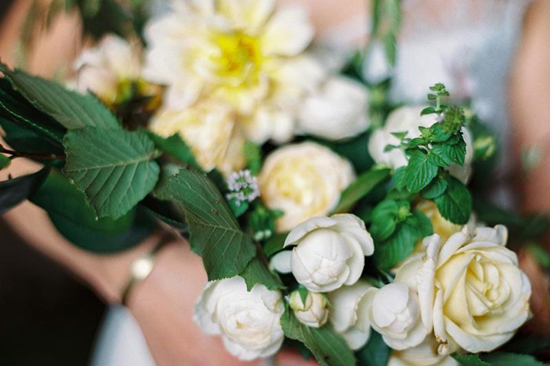 mariage, fleurs, bouquets